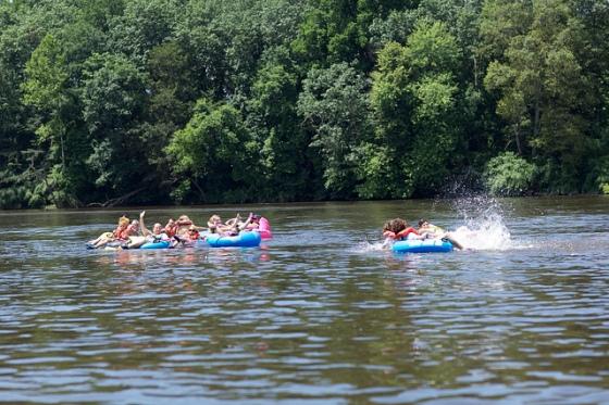 Delware River Tubing